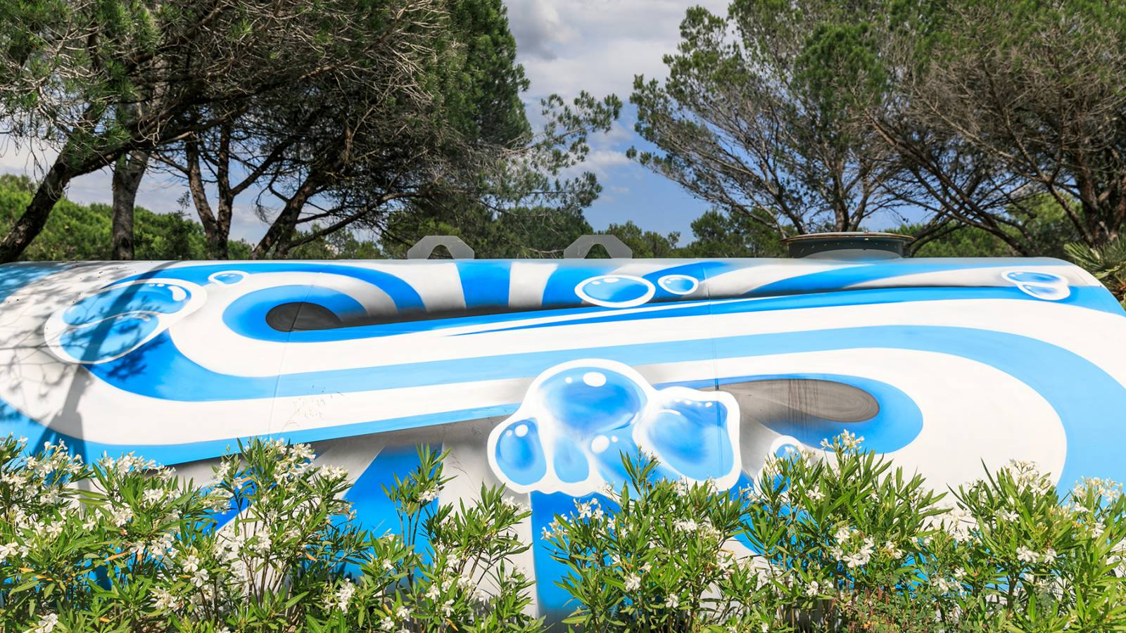 oeuvre d'art dans le camping holiday green
