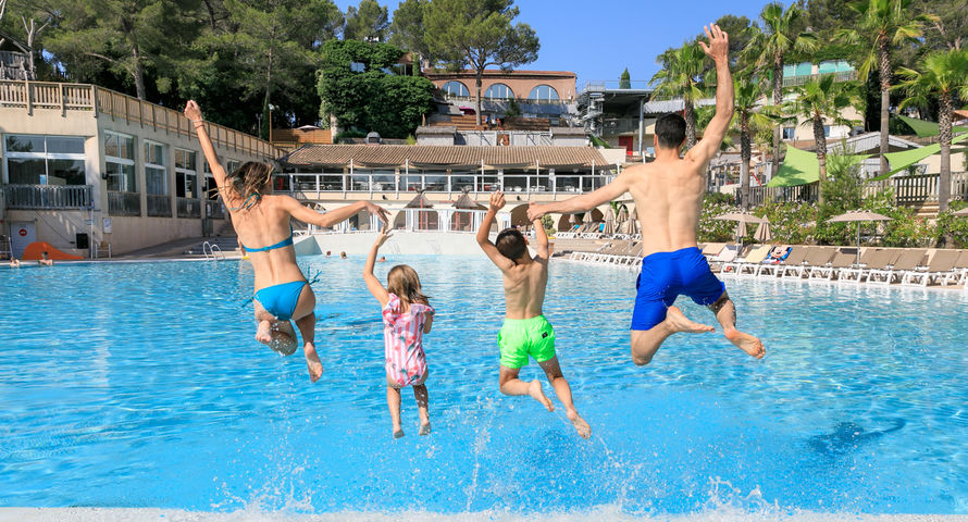 water park camping frejus